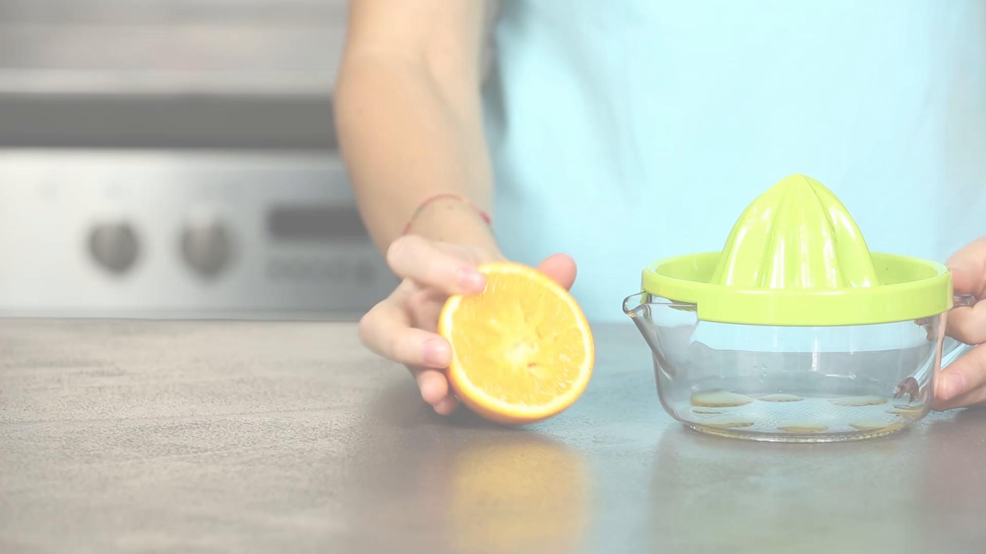 Mit diesem Trick bekommt ihr mehr Saft aus einer Orange_EL.mp4: image 1