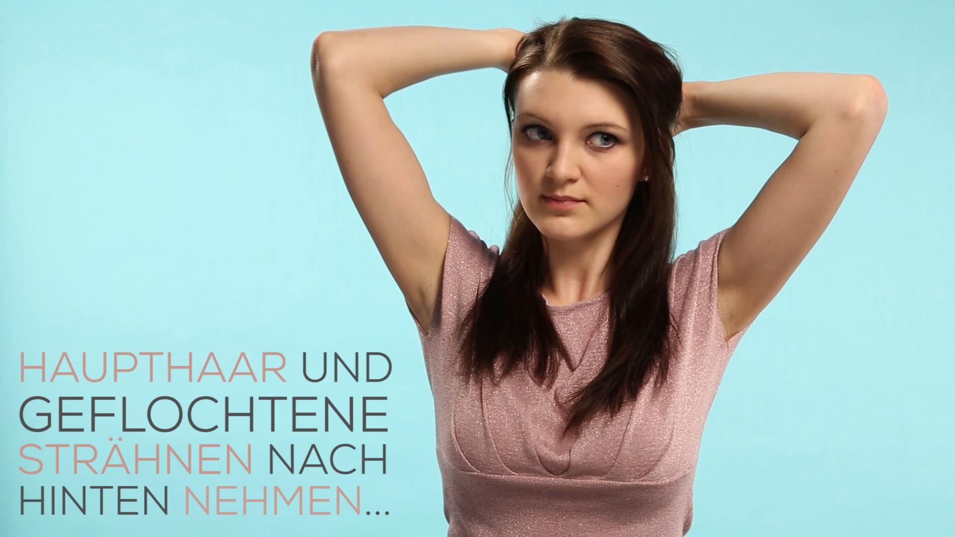 Frisuren für den Alltag- Braided Half Updo_EL.mp4: image 8