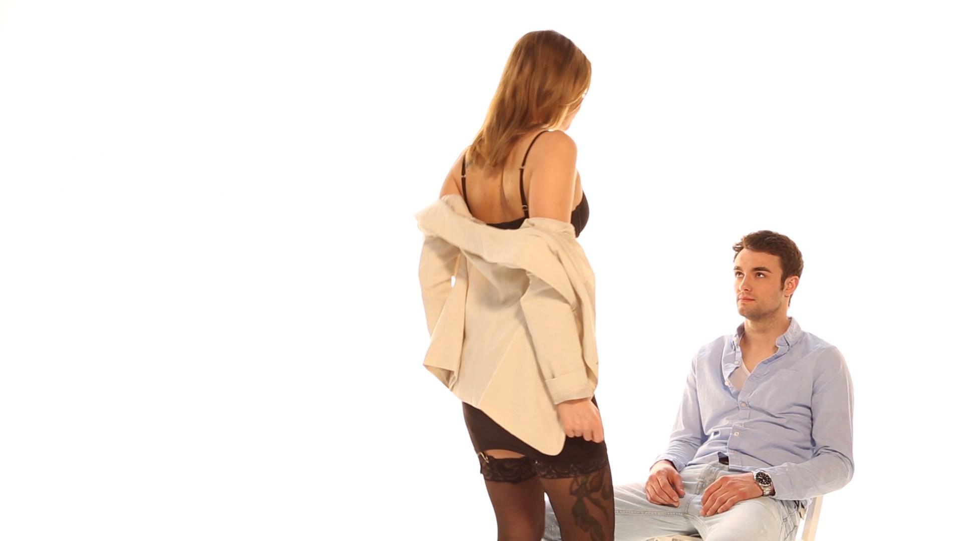 Diese 6 Dinge lieben alle Männer im Bett_EL.mp4: main image