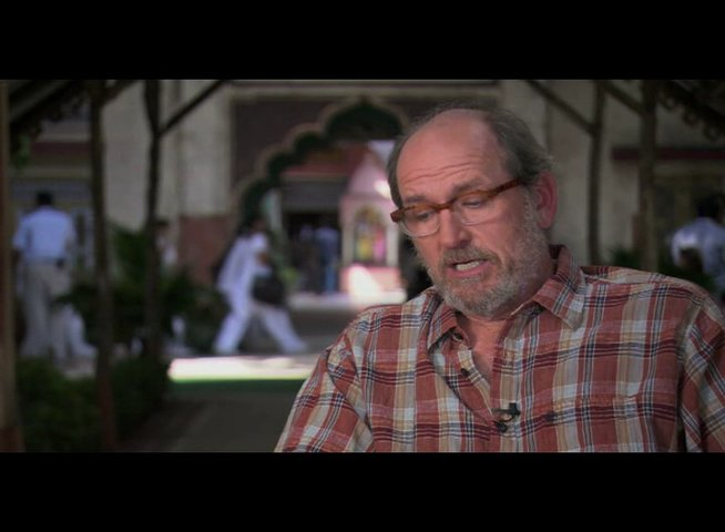 "Richard Jenkins (""Richard aus Texas"") über Julia Roberts - OV-Interview Poster"
