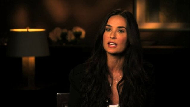 Demi Moore über Technik - OV-Interview Poster