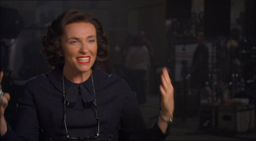 Toni Collette (Peggy Robertson) über die Darstellung von Anthony Hopkins als Alfred Hitchcock - OV-Interview Poster