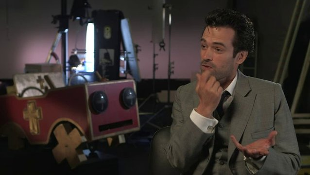 Romain Duris - Colin - über seine Motivation - OV-Interview Poster