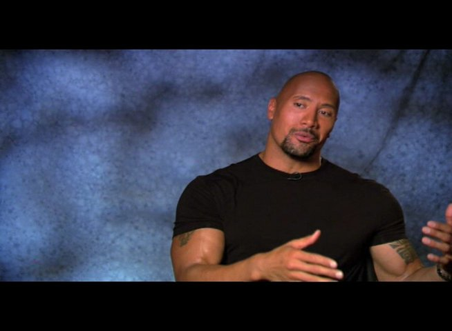 "Dwayne Johnson - ""Christopher Danson"" über Inspirationen für die Rolle - OV-Interview Poster"