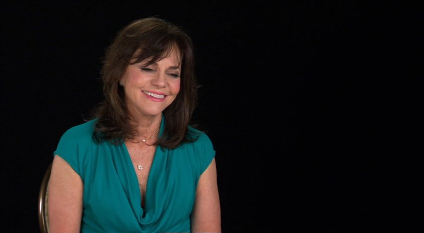 Sally Field (Mary Todd Lincoln) über Steven Spielberg - OV-Interview Poster
