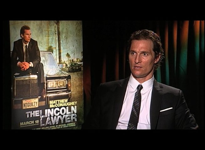 Matthew McConaughey über Mick Hallers Motivation - OV-Interview Poster