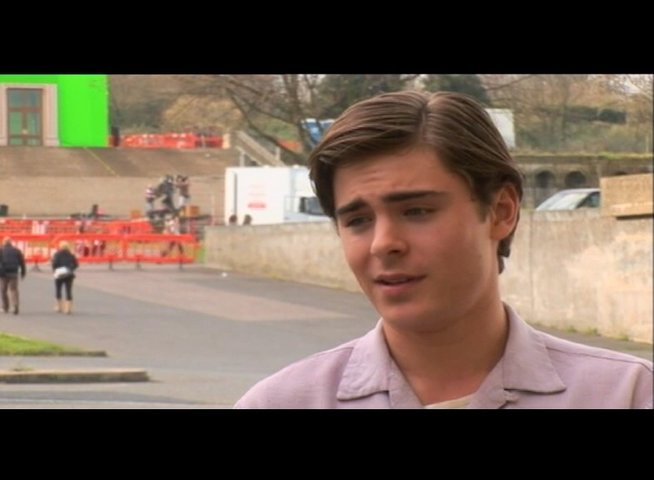 Zac Efron (Richard) über Claire Danes - OV-Interview Poster