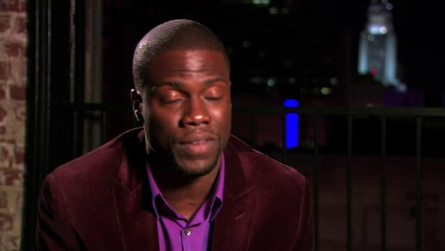 Kevin Hart über Imporivisation am Text - OV-Interview Poster