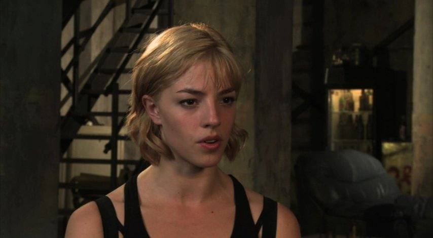 Olivia Thirlby on working with karl - OV-Interview Poster