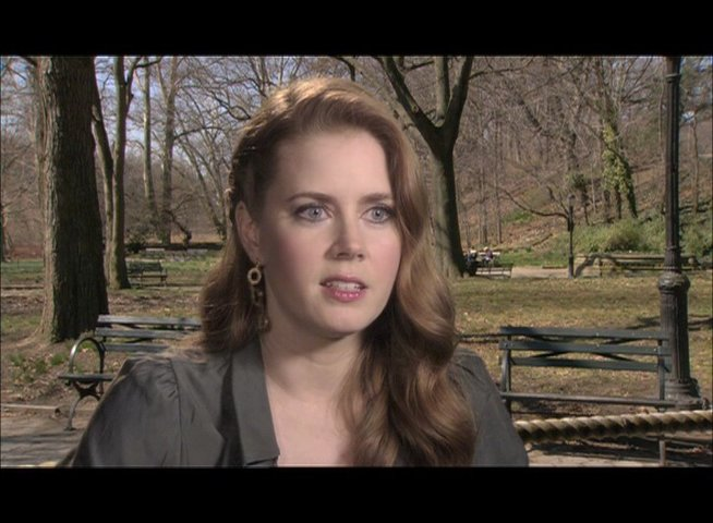 Amy Adams - über Julia Childs Lebenseinstellung - OV-Interview Poster