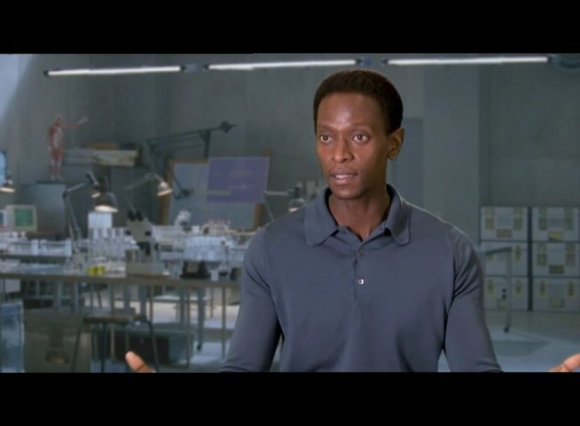 Edi Gathegi über sich als X-Men-Fan - OV-Interview Poster