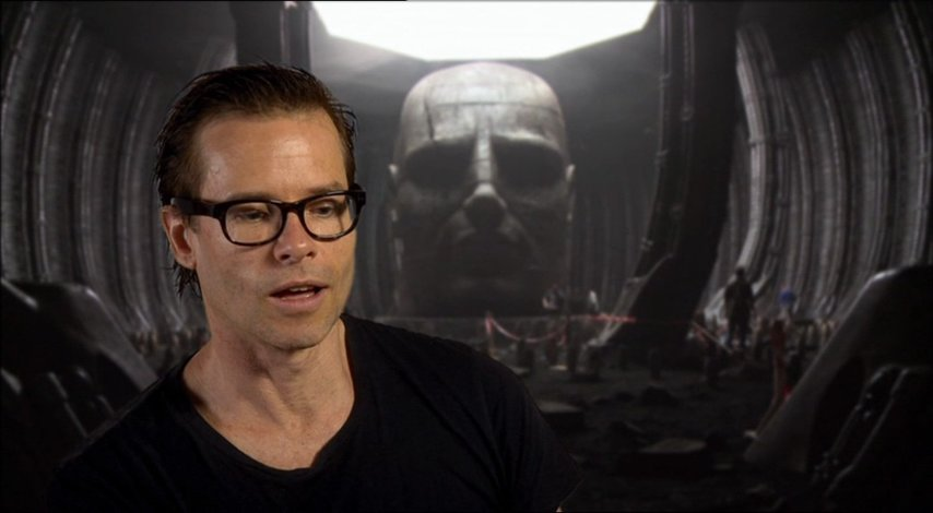 Guy Pearce über den Hype für den Film - OV-Interview Poster