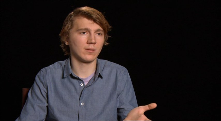 Paul Dano (Calvin) über das was Zoe Kazan in den Film einbringt - OV-Interview Poster