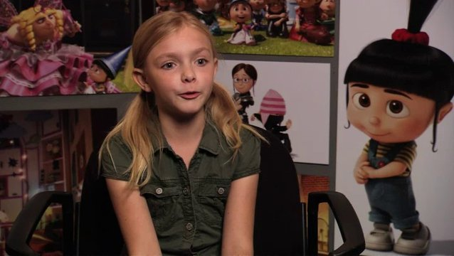 Elsie Fisher über die Minions - OV-Interview Poster