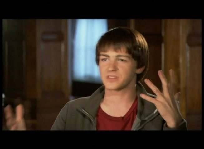 Interview mit Drake Bell (Rick Riker) - OV-Interview Poster