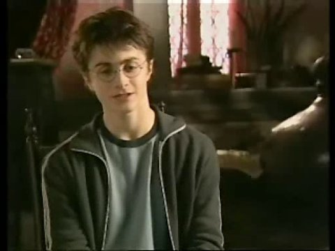 Daniel Radcliffe (Harry Potter) über seine Rolle - Interview Poster