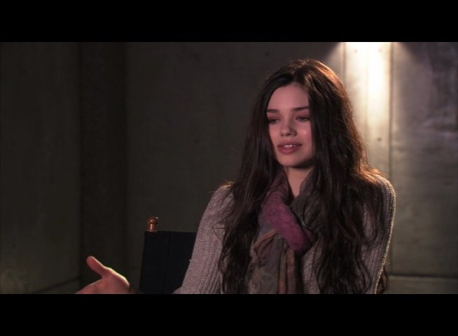 India Eisley über das UNDERWORLD Franchise - OV-Interview Poster