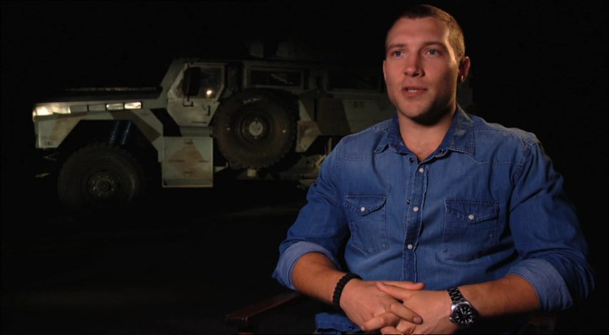 Jai Courtney (Jack McClane) über den Film - OV-Interview Poster