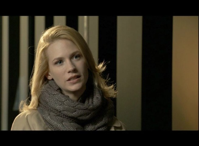January Jones - Elizabeth Harris - über die Arbeit mit Liam Neeson - OV-Interview Poster