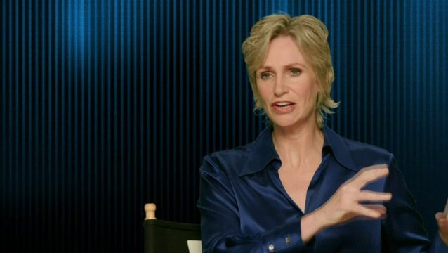 Jane Lynch - Calhoun - was das Publikum erwarten kann - OV-Interview Poster