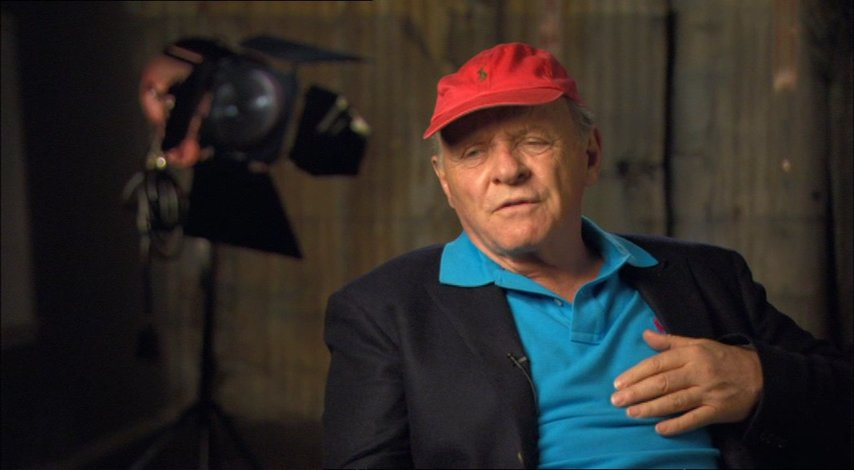 Anthony Hopkins (Alfred Hitchcock) über was ihm half die Rolle darzustellen - OV-Interview Poster