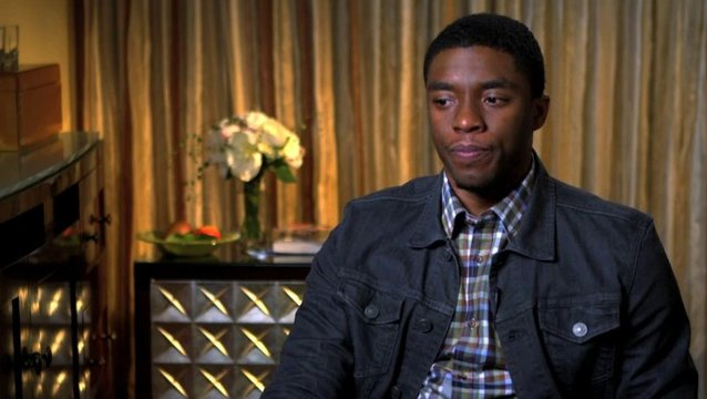 Chadwick Boseman - James Brown - über die Proben - OV-Interview Poster