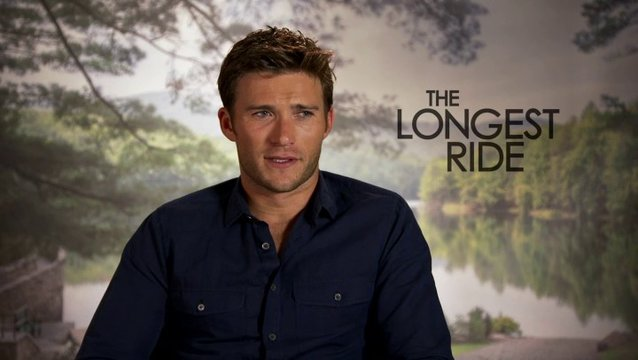 Scott Eastwood über Luke und Sophia - OV-Interview Poster