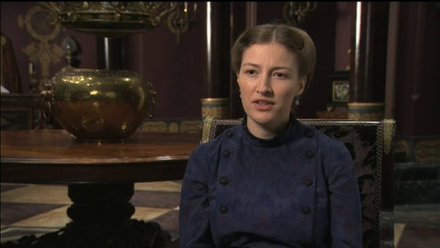 Kelly Macdonald über Joe Wright - OV-Interview Poster