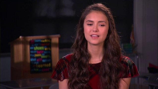 Interview mit Nina Dobrev (Candace) - OV-Interview Poster
