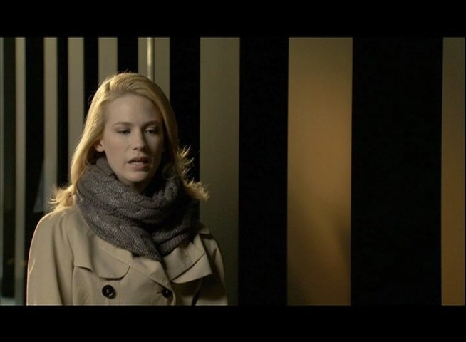 January Jones - Elizabeth Harris - über ihre Rolle - OV-Interview Poster