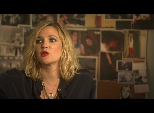 DREW BARRYMORE - Regisseurin - Smashley Simpson - über den Film - OV-Interview Poster