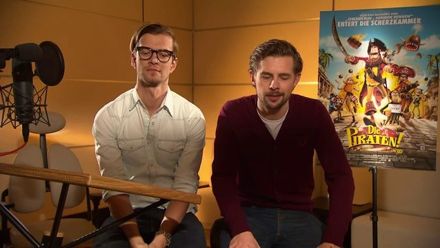 Joko & Klaas (Black Bellamy & Holzbein Hastings) Klaas über seine Rolle - Interview Poster