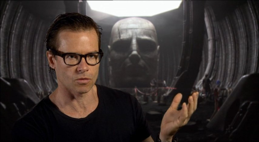 Guy Pearce über seine Rolle - OV-Interview Poster