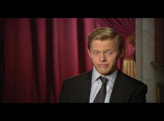 "Thure Lindhardt (""Chartrand"") über Ron Howard - OV-Interview Poster"