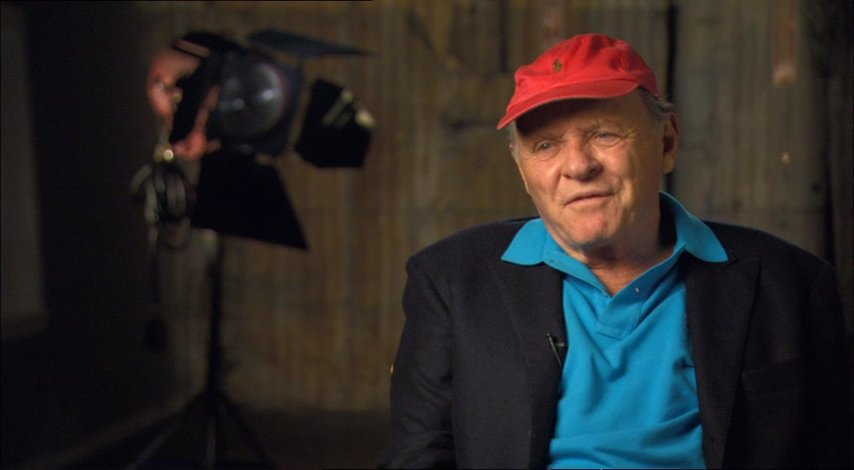 Anthony Hopkins (Alfred Hitchcock) über die Arbeit mit Helen Mirren - OV-Interview Poster