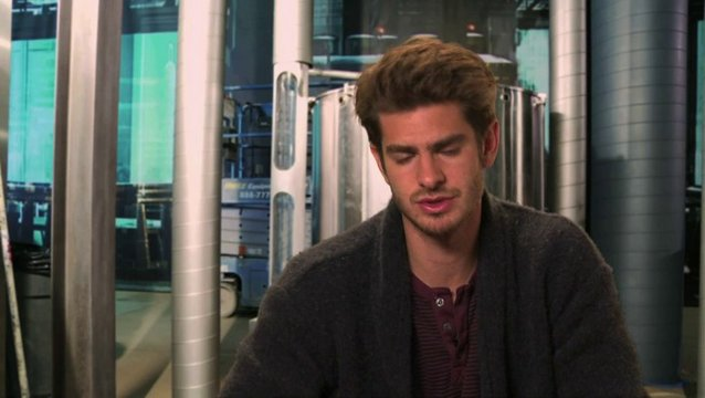 Andrew Garfield über die Actionszenen im Film - OV-Interview Poster