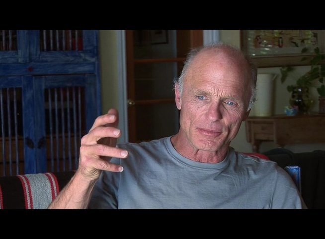 Ed Harris ueber Peter Weir - OV-Interview Poster