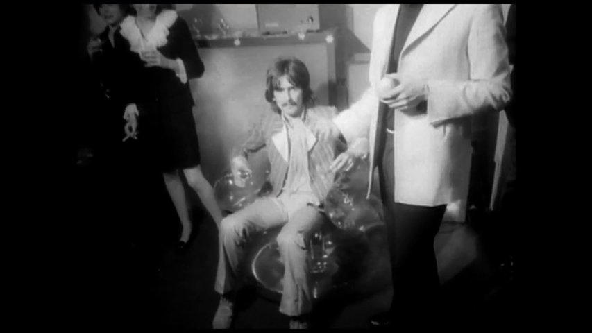 George Harrison: Living in the Material World - OV-Trailer Poster
