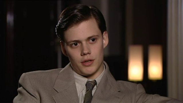 Bill Skarsgard - wer ist Simon - OV-Interview Poster