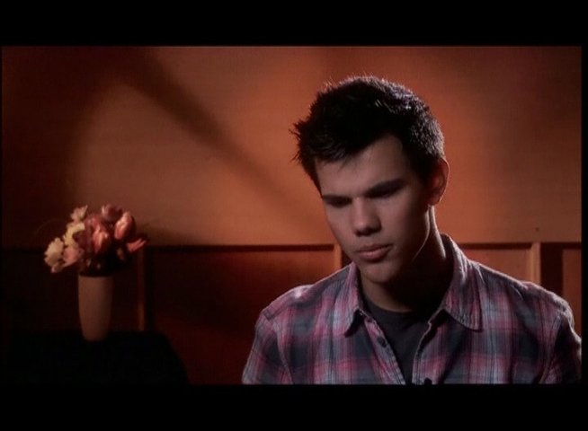 Taylor Lautner - Willy Harrington - OV-Interview Poster