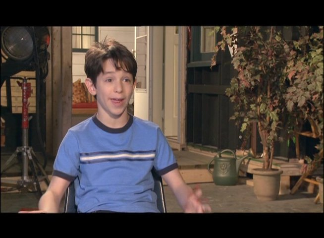 Gordon - Greg Heffley über den Käsefluch - OV-Interview Poster