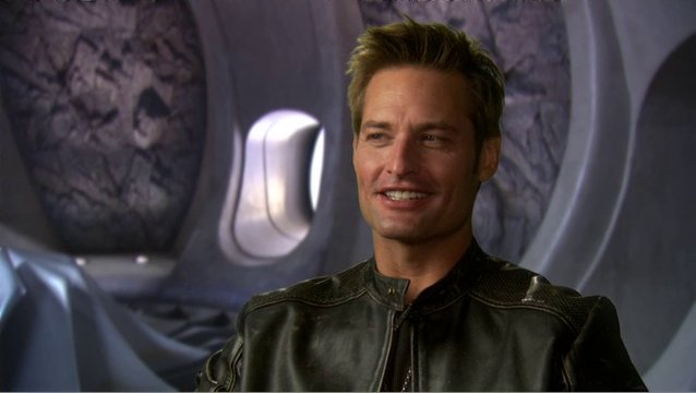 JOSH HOLLOWAY - Trevor Hanaway - über den Film - OV-Interview Poster