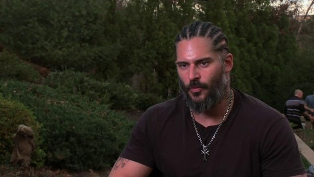 Joe Manganiello über das Training - OV-Interview Poster