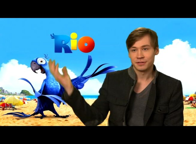 David Kross über Blu 2 - Interview Poster