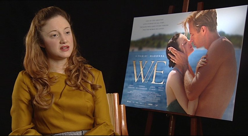 Andrea Riseborough -Wallis Simpson- über die zwei Handlungsebenen - OV-Interview Poster