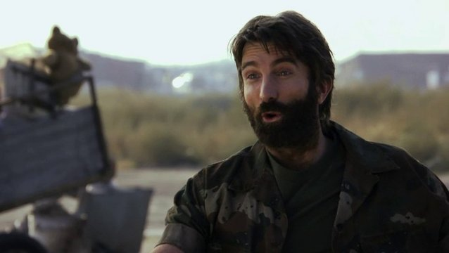 Sharlto Copley über die Motivationen seiner Rolle Kruger - OV-Interview Poster