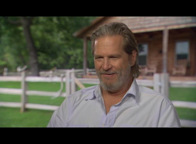 Jeff Bridges (Rooster Cogburn) über Matt Damon - OV-Interview Poster