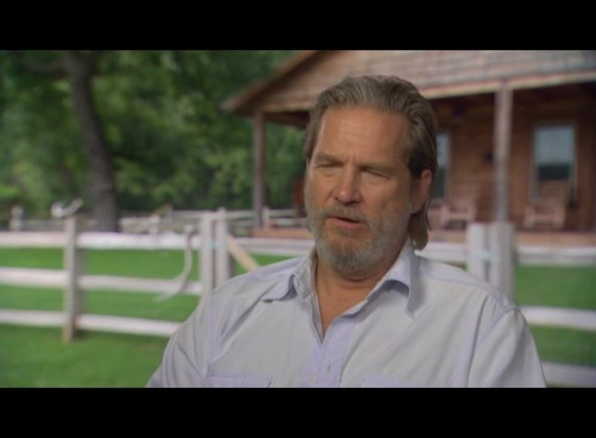 Jeff Bridges (Rooster Cogburn) über den Film - OV-Interview Poster