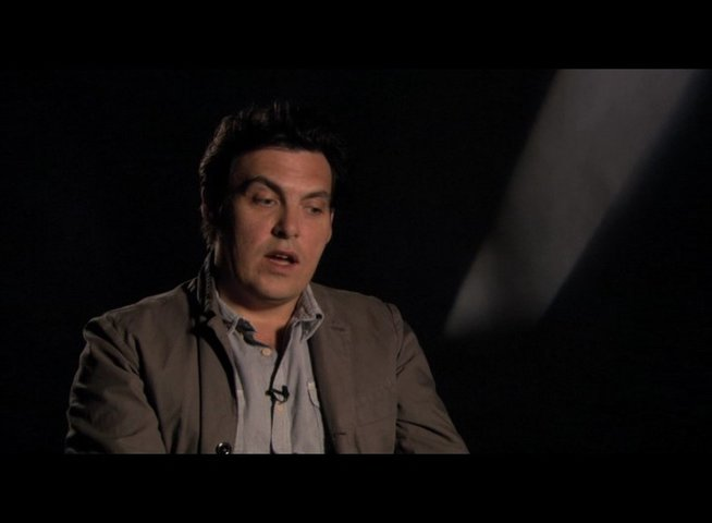 Joe Wright (Regie) über die Arbeit mit den Chemical Brothers - OV-Interview Poster