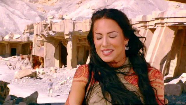 LYNN COLLINS - Dejah Thoris über ihre Rolle als Dejah Thoris - OV-Interview Poster